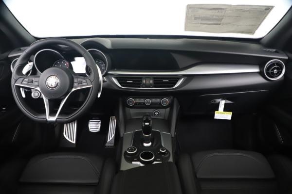 New 2019 Alfa Romeo Stelvio Ti Sport Q4 for sale $53,990 at Bentley Greenwich in Greenwich CT 06830 16