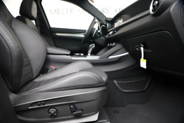 New 2019 Alfa Romeo Stelvio Ti Sport Q4 for sale $53,990 at Bentley Greenwich in Greenwich CT 06830 23
