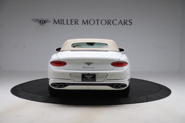 New 2020 Bentley Continental GTC V8 for sale $279,560 at Bentley Greenwich in Greenwich CT 06830 17