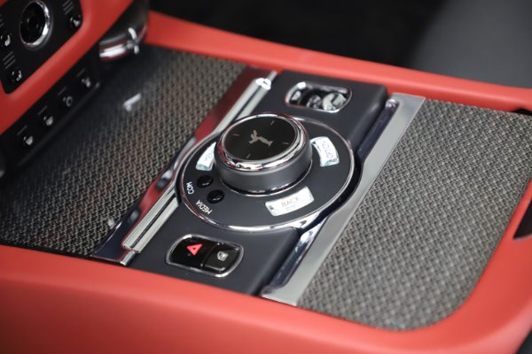 Used 2019 Rolls-Royce Dawn Black Badge for sale $359,900 at Bentley Greenwich in Greenwich CT 06830 27
