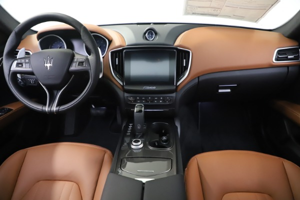 New 2020 Maserati Ghibli S Q4 for sale $86,285 at Bentley Greenwich in Greenwich CT 06830 16