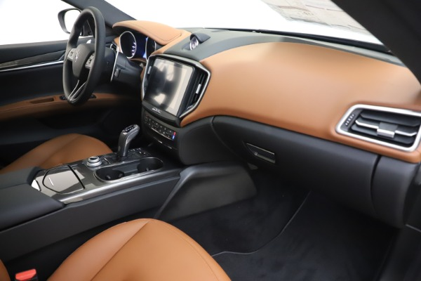 New 2020 Maserati Ghibli S Q4 for sale $86,285 at Bentley Greenwich in Greenwich CT 06830 22