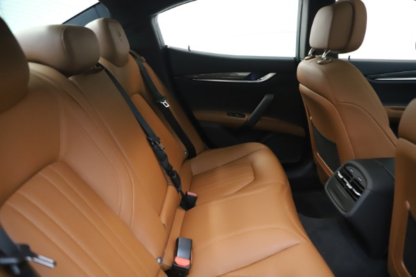 New 2020 Maserati Ghibli S Q4 for sale $86,285 at Bentley Greenwich in Greenwich CT 06830 27