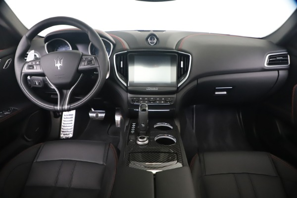 New 2020 Maserati Ghibli S Q4 GranSport for sale $95,785 at Bentley Greenwich in Greenwich CT 06830 15