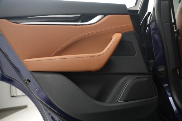 New 2020 Maserati Levante Q4 for sale $81,035 at Bentley Greenwich in Greenwich CT 06830 23
