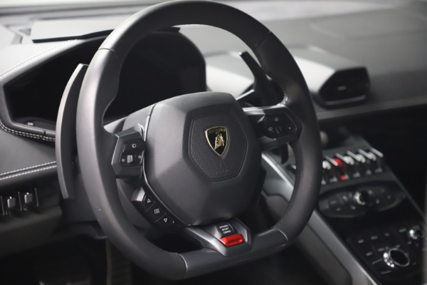 Used 2017 Lamborghini Huracan LP 580-2 for sale $179,900 at Bentley Greenwich in Greenwich CT 06830 15