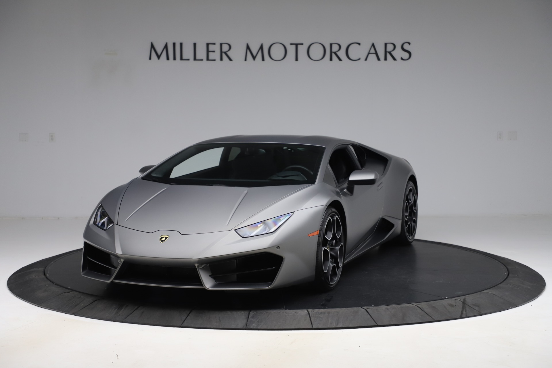 Used 2017 Lamborghini Huracan LP 580-2 for sale $179,900 at Bentley Greenwich in Greenwich CT 06830 1