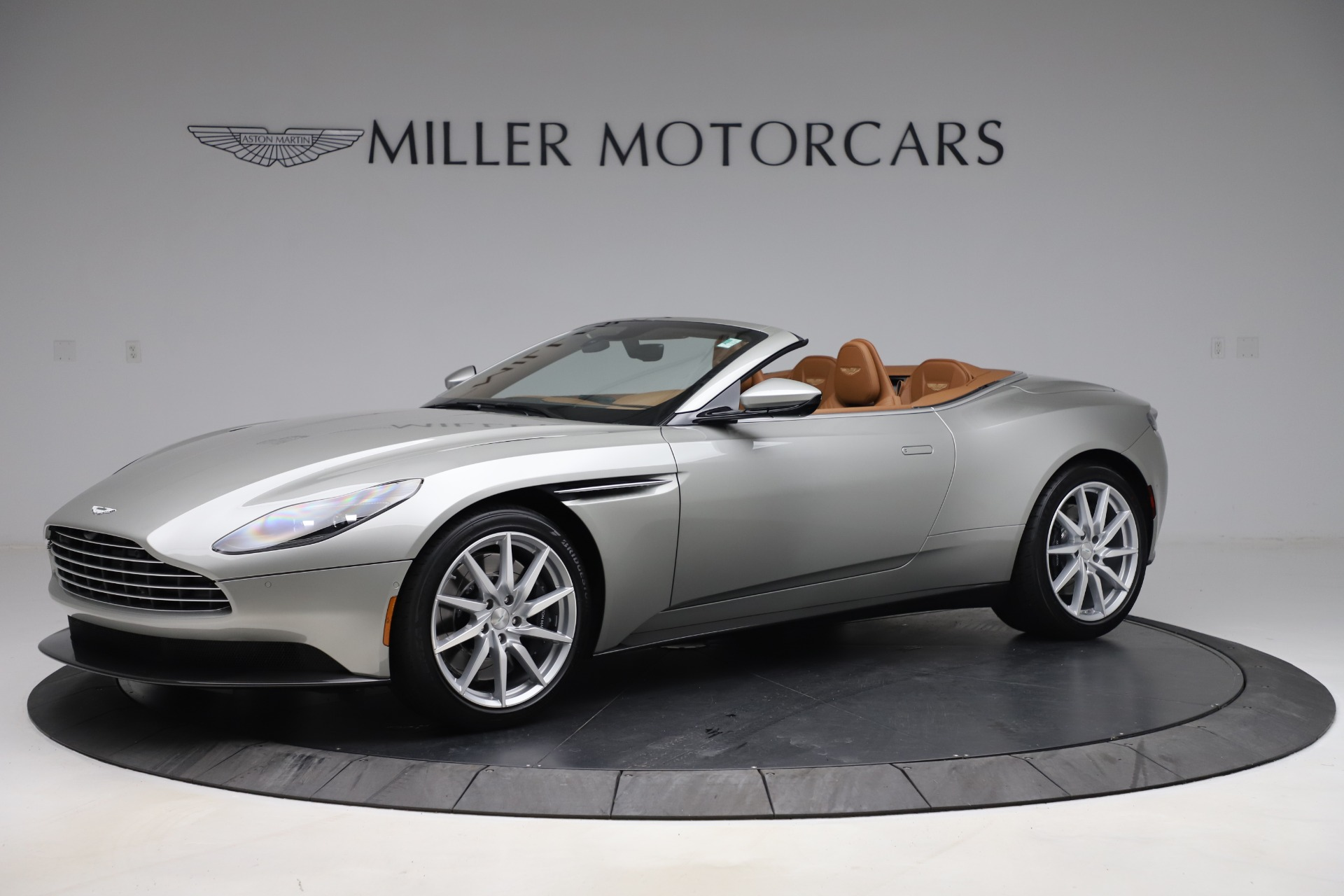Used 2020 Aston Martin DB11 Volante Convertible for sale $219,900 at Bentley Greenwich in Greenwich CT 06830 1