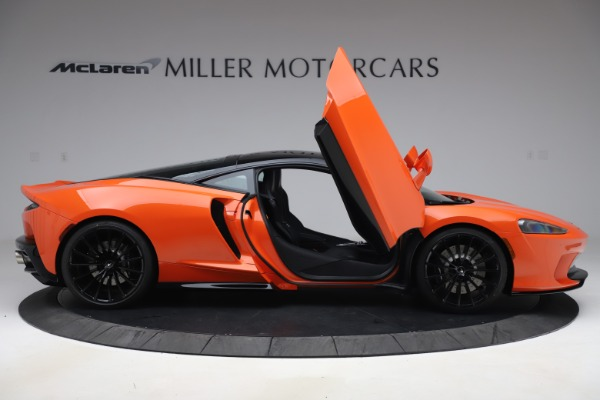 New 2020 McLaren GT Coupe for sale $246,975 at Bentley Greenwich in Greenwich CT 06830 15