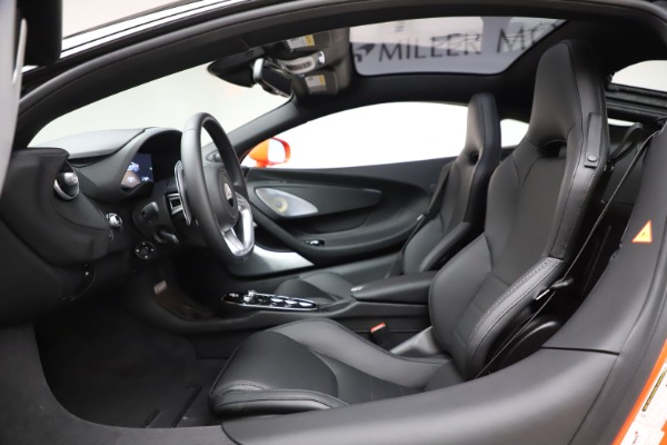 New 2020 McLaren GT Luxe for sale $246,975 at Bentley Greenwich in Greenwich CT 06830 22