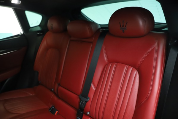 Used 2019 Maserati Levante S Q4 GranLusso for sale $73,900 at Bentley Greenwich in Greenwich CT 06830 18