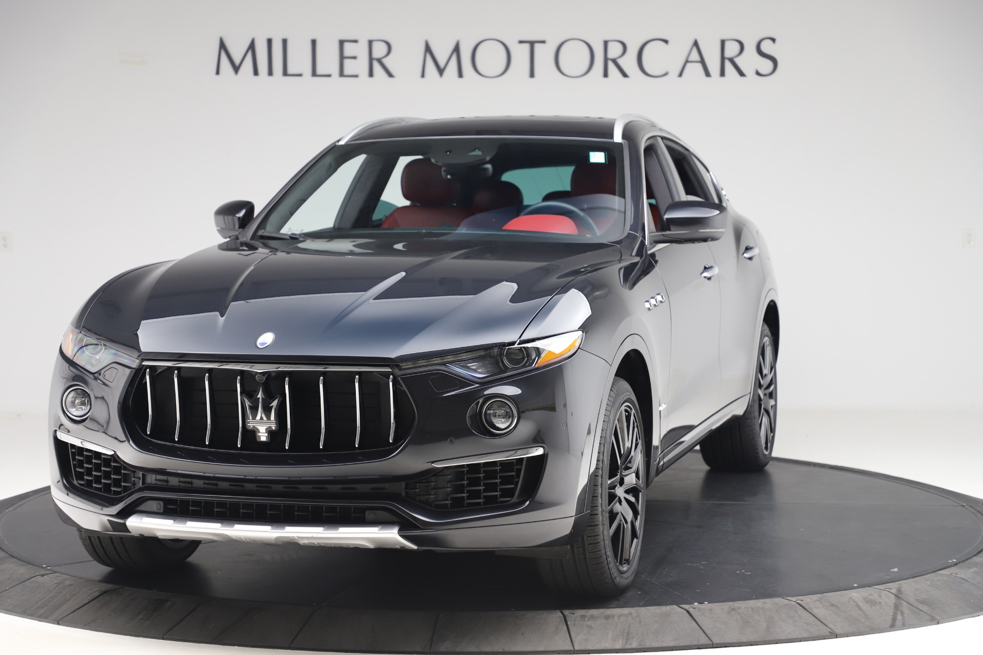 Used 2019 Maserati Levante S Q4 GranLusso for sale $73,900 at Bentley Greenwich in Greenwich CT 06830 1
