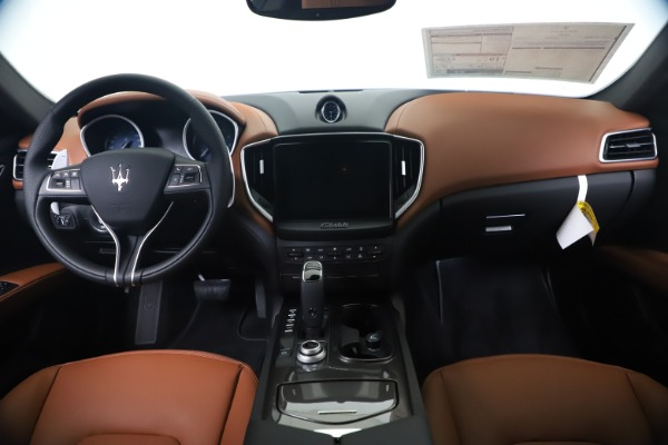 New 2020 Maserati Ghibli S Q4 for sale $85,535 at Bentley Greenwich in Greenwich CT 06830 16