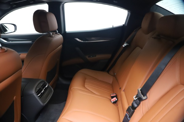 New 2020 Maserati Ghibli S Q4 for sale $85,535 at Bentley Greenwich in Greenwich CT 06830 19