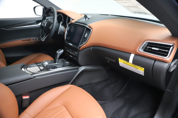 New 2020 Maserati Ghibli S Q4 for sale $85,535 at Bentley Greenwich in Greenwich CT 06830 22