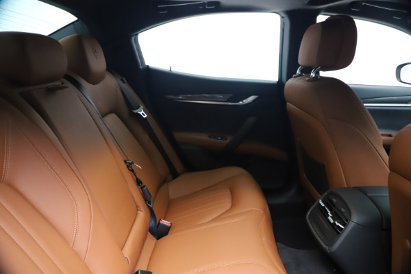 New 2020 Maserati Ghibli S Q4 for sale $85,535 at Bentley Greenwich in Greenwich CT 06830 27