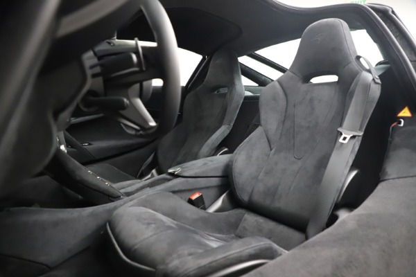New 2020 McLaren 720S Coupe for sale $327,370 at Bentley Greenwich in Greenwich CT 06830 17