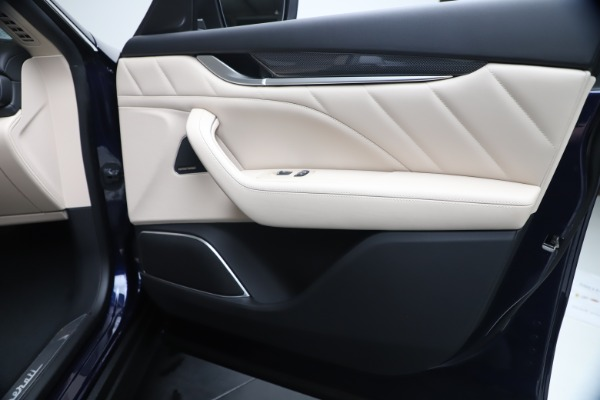 New 2020 Maserati Levante S Q4 GranLusso for sale $97,335 at Bentley Greenwich in Greenwich CT 06830 25