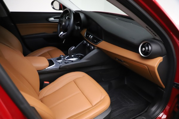 Used 2020 Alfa Romeo Giulia Q4 for sale Sold at Bentley Greenwich in Greenwich CT 06830 20