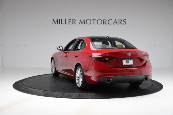 Used 2020 Alfa Romeo Giulia Q4 for sale Sold at Bentley Greenwich in Greenwich CT 06830 5