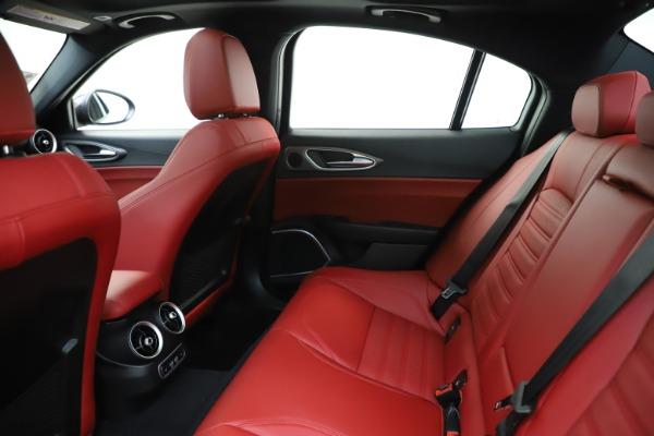 New 2020 Alfa Romeo Giulia Ti Sport Q4 for sale $51,995 at Bentley Greenwich in Greenwich CT 06830 20