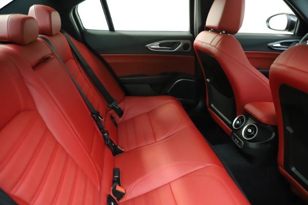New 2020 Alfa Romeo Giulia Ti Sport Q4 for sale $51,995 at Bentley Greenwich in Greenwich CT 06830 28