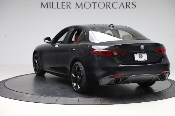 New 2020 Alfa Romeo Giulia Ti Sport Q4 for sale Sold at Bentley Greenwich in Greenwich CT 06830 5