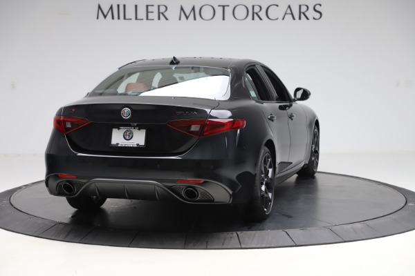 New 2020 Alfa Romeo Giulia Ti Sport Q4 for sale Sold at Bentley Greenwich in Greenwich CT 06830 7