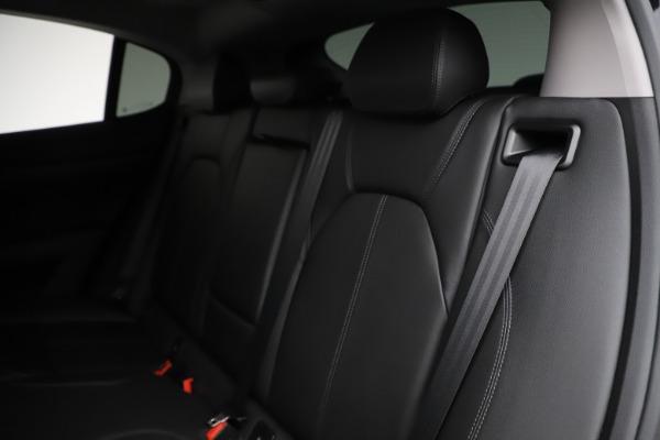 New 2020 Alfa Romeo Stelvio Sport Q4 for sale $50,795 at Bentley Greenwich in Greenwich CT 06830 18
