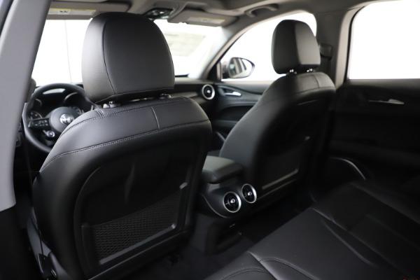 New 2020 Alfa Romeo Stelvio Sport Q4 for sale $50,795 at Bentley Greenwich in Greenwich CT 06830 20