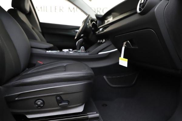 New 2020 Alfa Romeo Stelvio Sport Q4 for sale $50,795 at Bentley Greenwich in Greenwich CT 06830 23