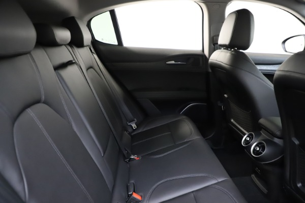 New 2020 Alfa Romeo Stelvio Sport Q4 for sale $50,795 at Bentley Greenwich in Greenwich CT 06830 27