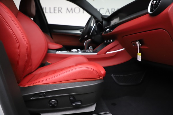 New 2020 Alfa Romeo Stelvio Ti Sport Q4 for sale Sold at Bentley Greenwich in Greenwich CT 06830 23