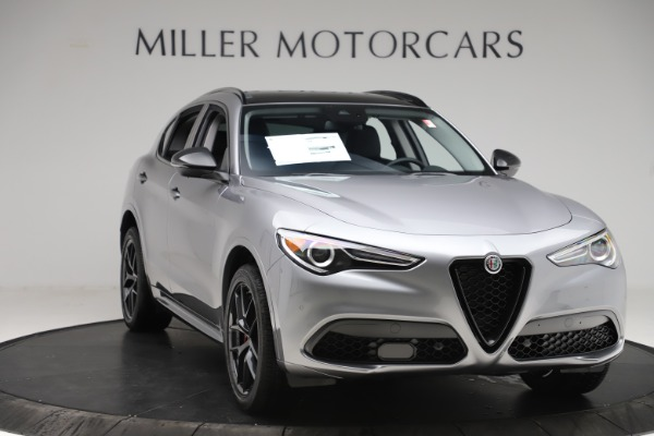 New 2020 Alfa Romeo Stelvio Sport Q4 for sale $51,095 at Bentley Greenwich in Greenwich CT 06830 11