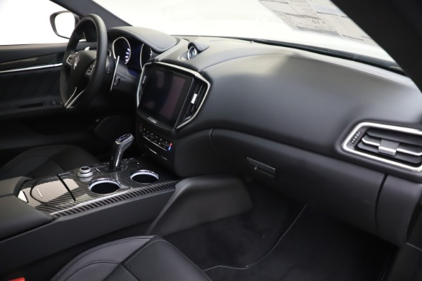 New 2019 Maserati Ghibli S Q4 GranSport for sale $100,695 at Bentley Greenwich in Greenwich CT 06830 22