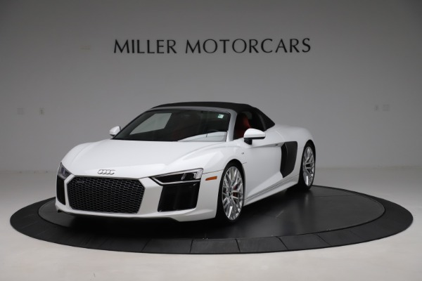 Used 2017 Audi R8 5.2 quattro V10 Spyder for sale $138,900 at Bentley Greenwich in Greenwich CT 06830 13