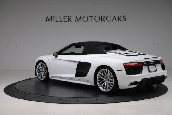 Used 2017 Audi R8 5.2 quattro V10 Spyder for sale $138,900 at Bentley Greenwich in Greenwich CT 06830 15