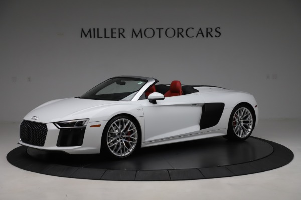 Used 2017 Audi R8 5.2 quattro V10 Spyder for sale $138,900 at Bentley Greenwich in Greenwich CT 06830 2