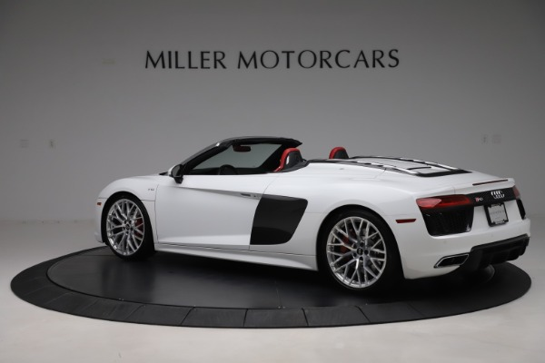 Used 2017 Audi R8 5.2 quattro V10 Spyder for sale $138,900 at Bentley Greenwich in Greenwich CT 06830 4