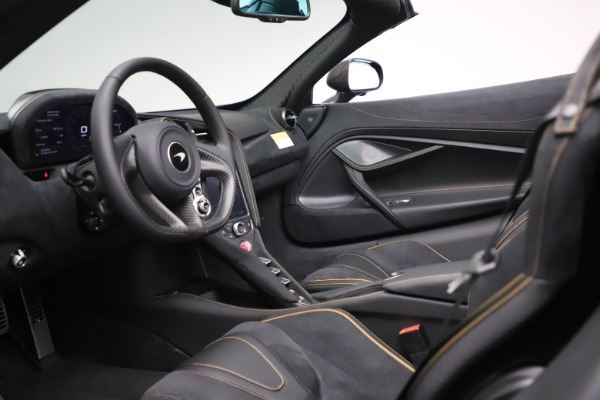 New 2020 McLaren 720S Spider Performance for sale $384,930 at Bentley Greenwich in Greenwich CT 06830 22