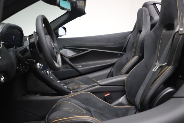 New 2020 McLaren 720S Spider Performance for sale $384,930 at Bentley Greenwich in Greenwich CT 06830 23