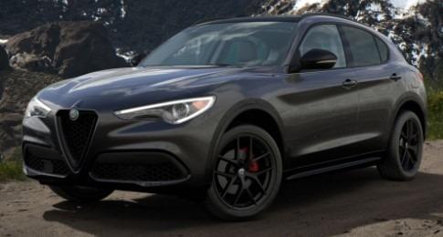 New 2020 Alfa Romeo Stelvio Sport Q4 for sale $50,790 at Bentley Greenwich in Greenwich CT 06830 1