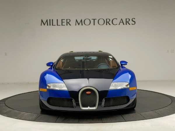 Used 2008 Bugatti Veyron 16.4 for sale Call for price at Bentley Greenwich in Greenwich CT 06830 3