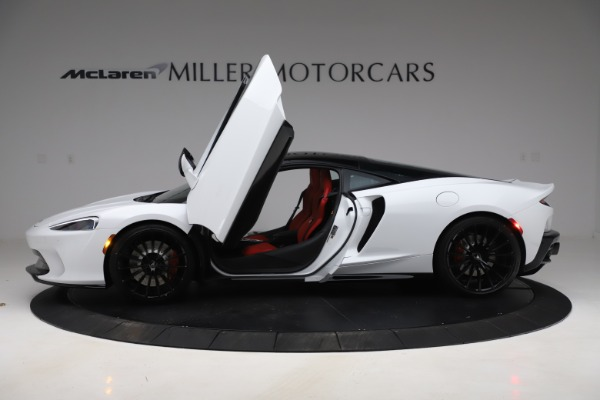 New 2020 McLaren GT Coupe for sale $257,242 at Bentley Greenwich in Greenwich CT 06830 11