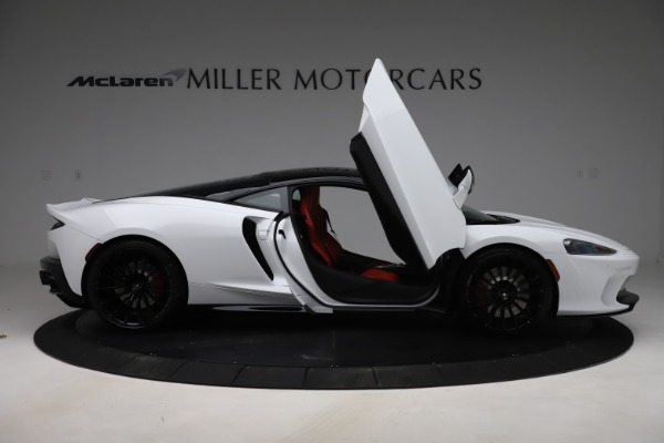 New 2020 McLaren GT Coupe for sale $257,242 at Bentley Greenwich in Greenwich CT 06830 15