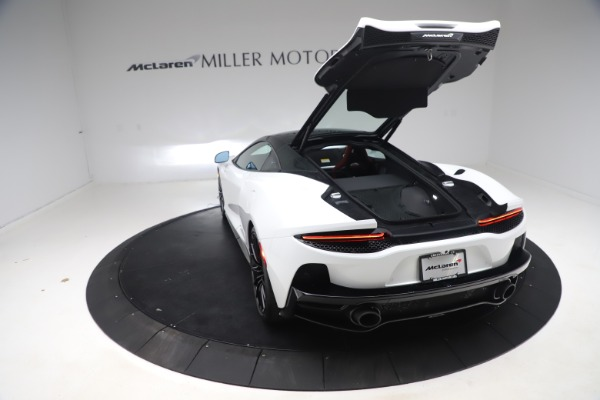 New 2020 McLaren GT Pioneer for sale $257,242 at Bentley Greenwich in Greenwich CT 06830 17