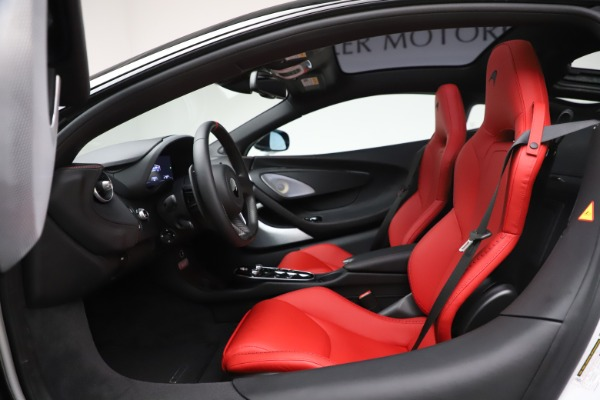 New 2020 McLaren GT Pioneer for sale $257,242 at Bentley Greenwich in Greenwich CT 06830 22