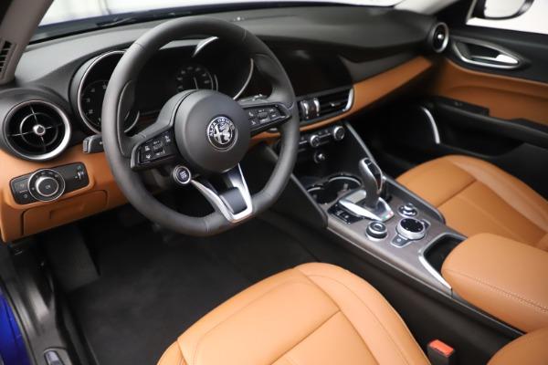 New 2020 Alfa Romeo Giulia Ti Q4 for sale $51,145 at Bentley Greenwich in Greenwich CT 06830 13