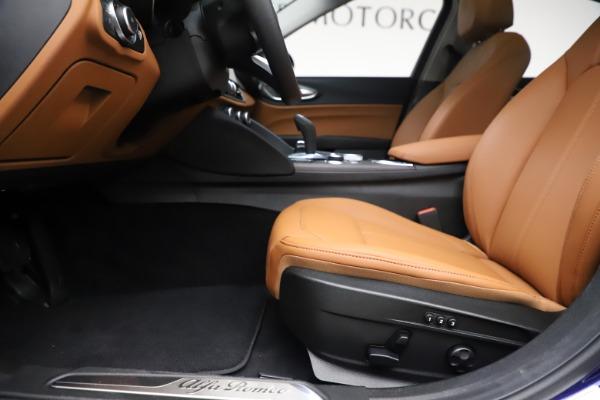 New 2020 Alfa Romeo Giulia Ti Q4 for sale $51,145 at Bentley Greenwich in Greenwich CT 06830 14