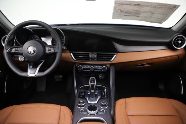 New 2020 Alfa Romeo Giulia Ti Q4 for sale $51,145 at Bentley Greenwich in Greenwich CT 06830 16